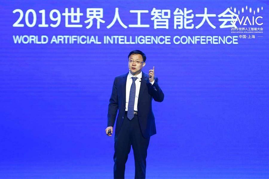 科大讯飞刘庆峰:拥抱人工智能红利时代的到来
