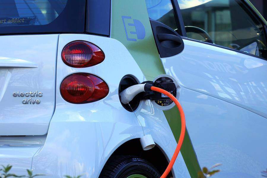汽车充电,新能源车,绿色货运,充电桩