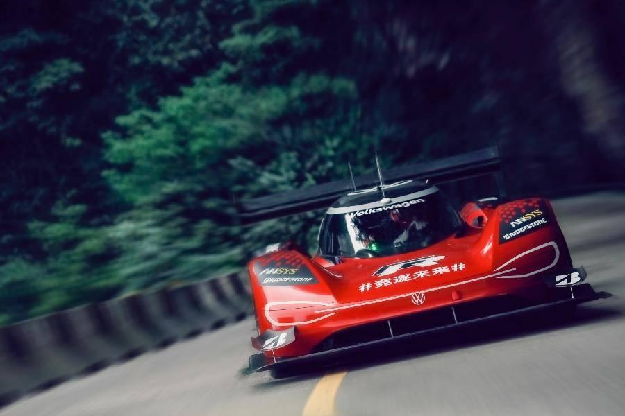 99道弯,7分38秒:大众电动赛车ID.R创造天门山赛道记录