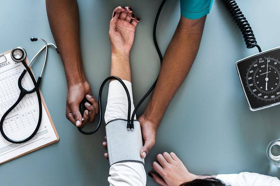 在医疗服务消费化趋势中,应坚守四个工作原则