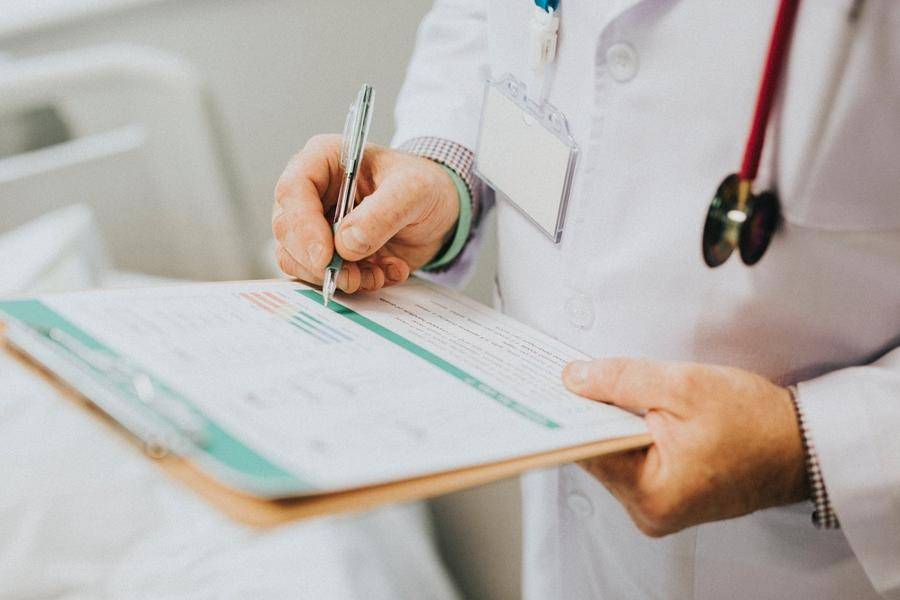 """全球超300项临床试验被""""暂停"""" ,这五大策略值得一看"""