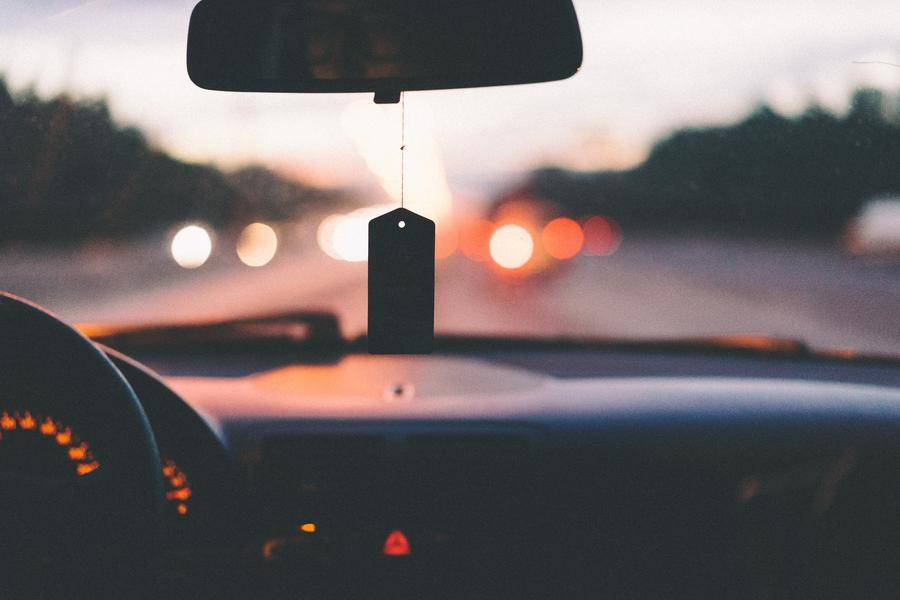 當自動駕駛汽車被追尾