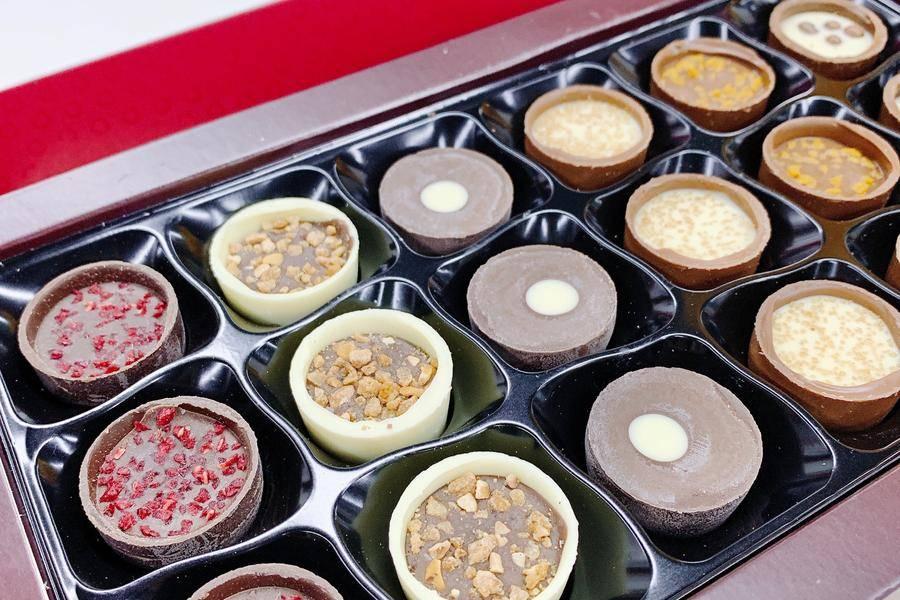 巧克力,吉百利,全球第一大糖果公司,英国甜心,贵格会,转折点,业务分拆,花园工厂