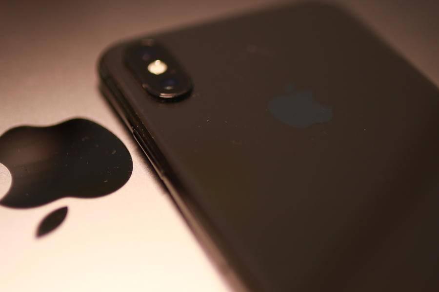 高高在上的苹果公司,终于向价格屈服了?