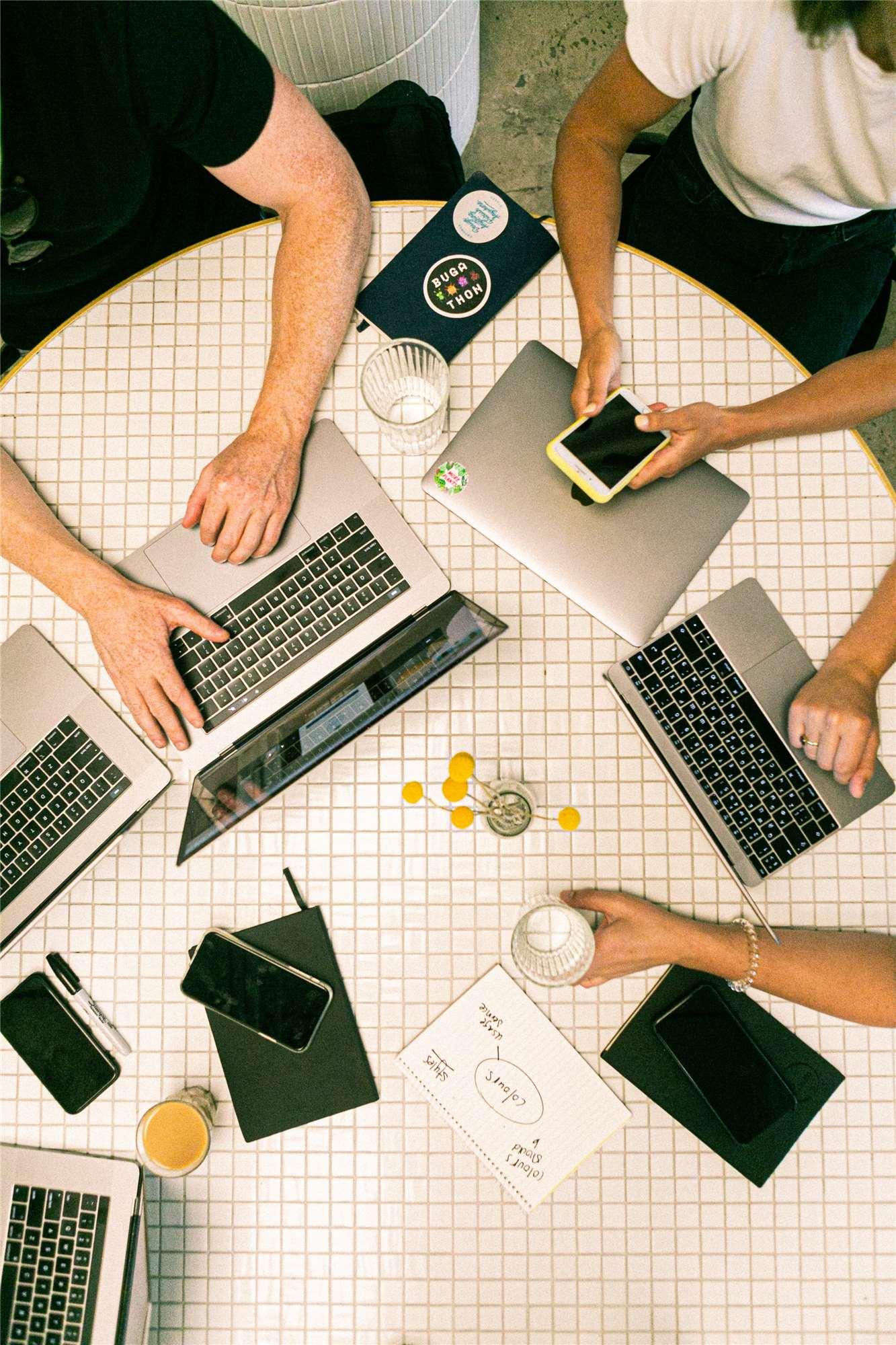 SaaS巨头的经验及启示——Salesforce公司案例分析