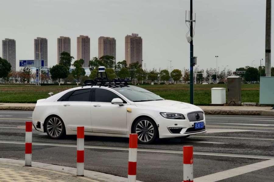 中国自动驾驶春天未到,行业问题依旧现实丨亿欧观点