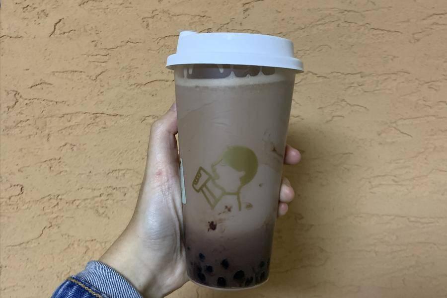 """喜茶新开""""饮料厂"""",又将挑起第二轮茶饮大混战?"""