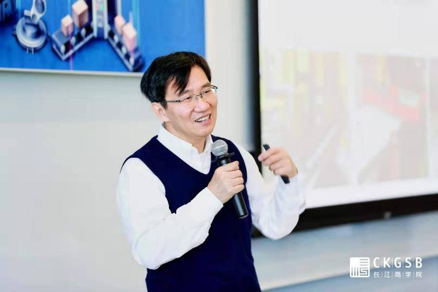 李泽湘最新分享:智能硬件创业要聚焦, 创新型人才是核心驱动力