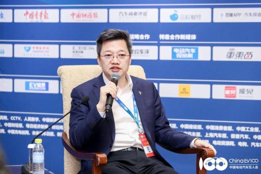 特来电董事长于德翔:只做充电桩的企业必死,行业窗口期不足三年