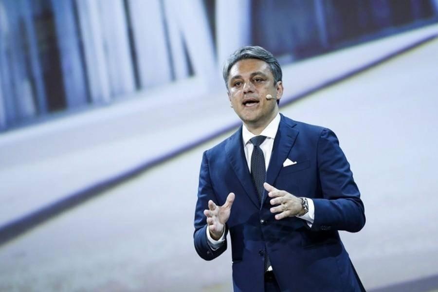 挖角大众集团,雷诺任命德梅奥为新任CEO