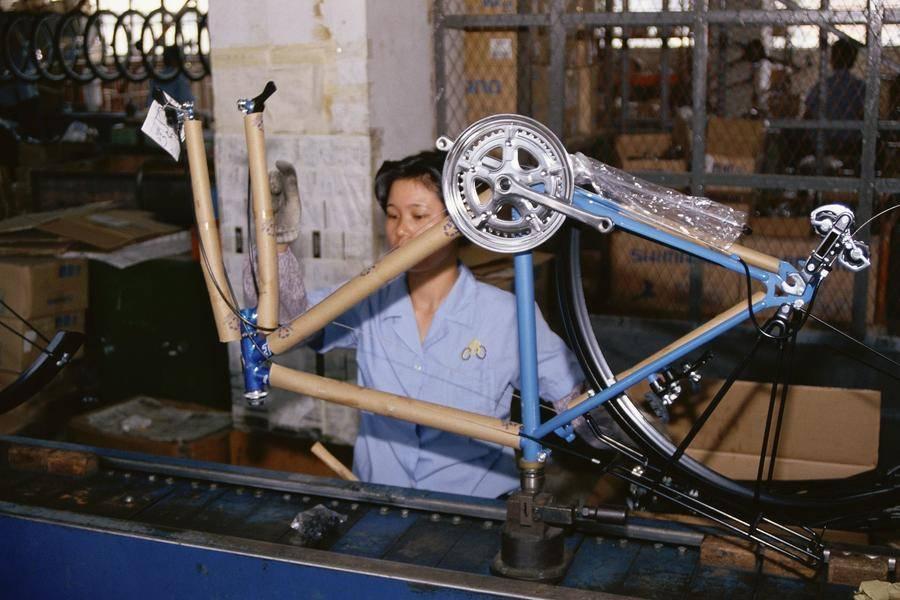 消失的工厂女工