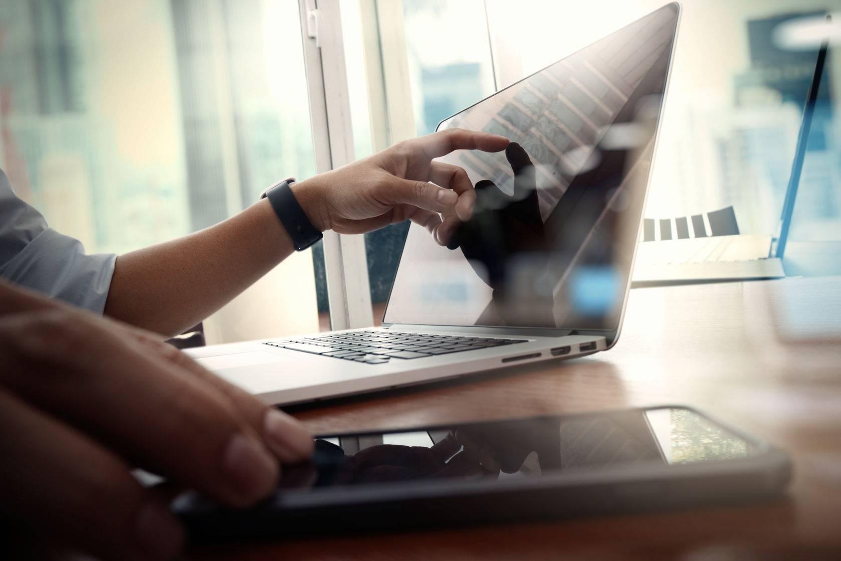 疫情下电子合同新机遇:2020远程办公服务—法大大案例研究