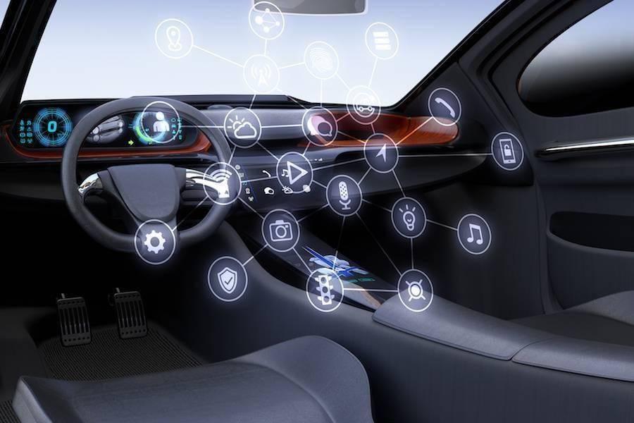 「真大屏、假智能」当道,智能汽车如何找到爆点?
