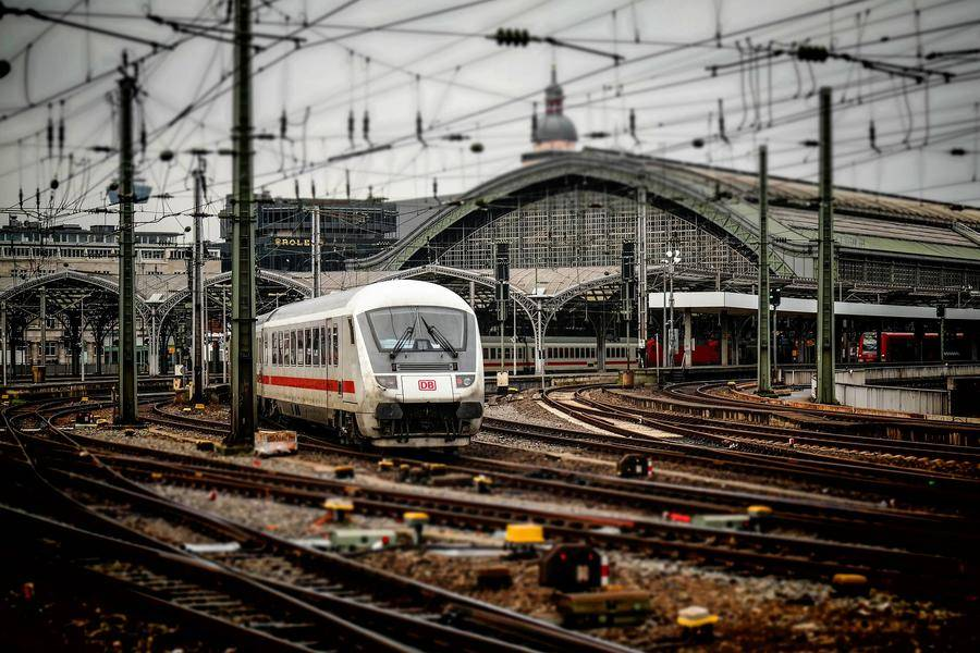 """進擊的中國通號:升級鐵路""""大腦"""",讓中國高鐵聯結世界"""
