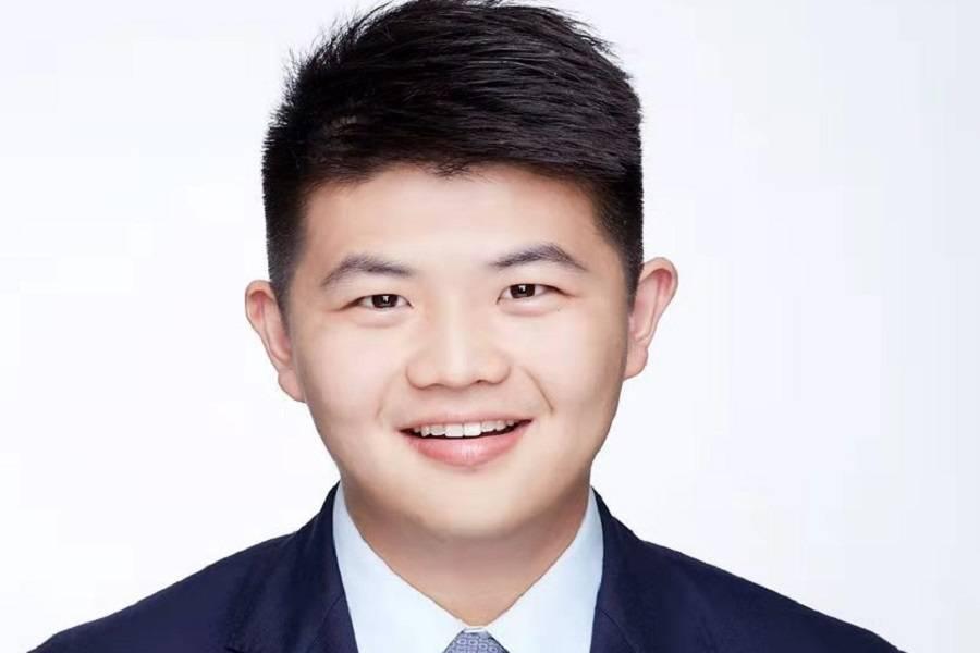 智云健康CEO助理兼董事会秘书丁泽鼎6.jpg.jpg