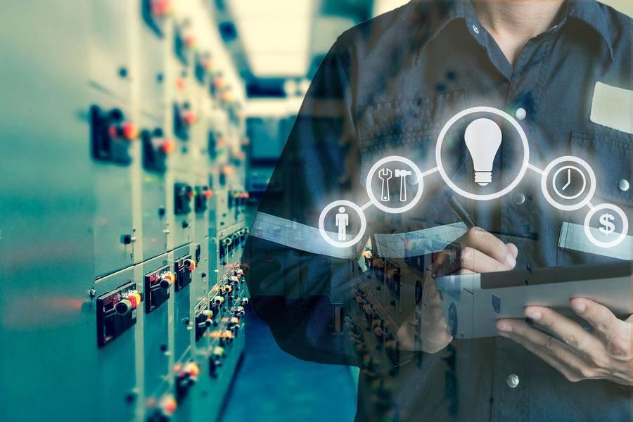 """面向""""蓝海"""",扬帆起航:新基建为设备智慧管理引路"""
