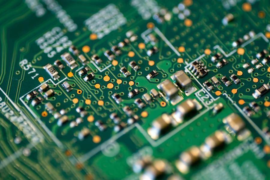 家电失速殃及7.2亿营收,澳弘电子能否潜入蓝海?