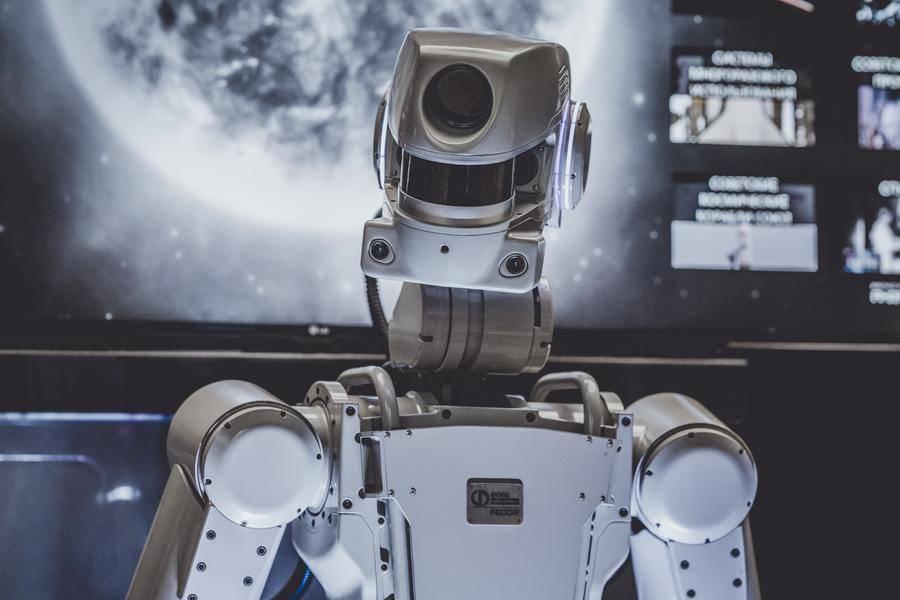 微美全息成立全资子公司,加速全息智能机器人发展