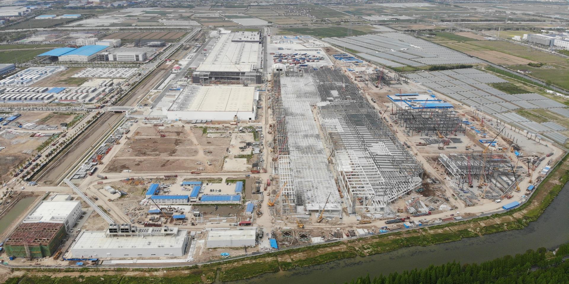 上海超级工厂二期在建