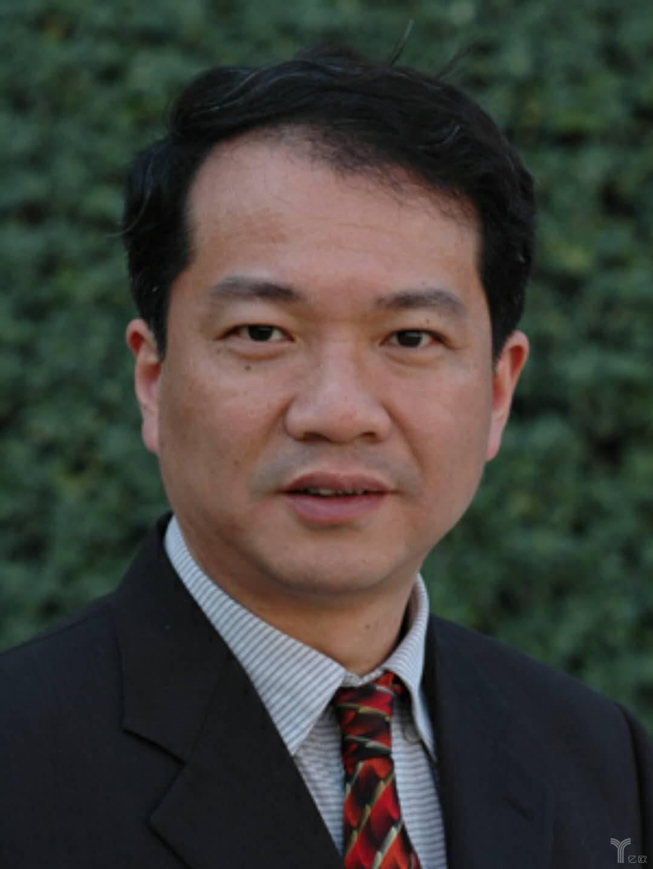 上海市人工智能学会理事长张浩
