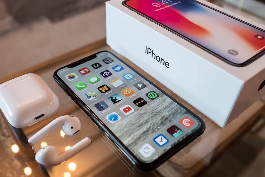 蘋果回應不配備耳機和電源適配器,三星、小米發文嘲諷