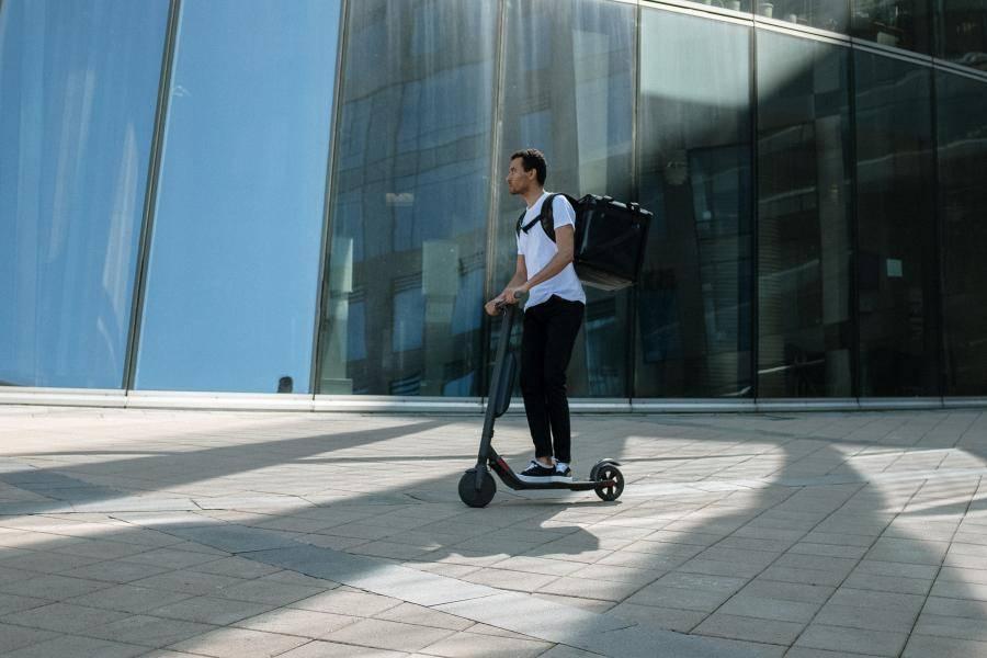 电动滑板车