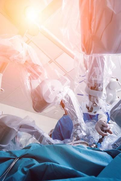 【亿欧智库】2021年中国医疗机器人商业化洞察报告