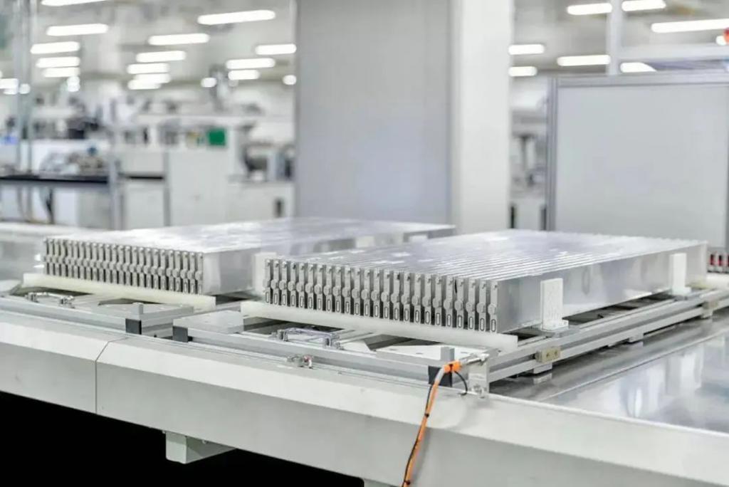 比亚迪刀片电池丨官方素材